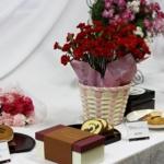 母の日の贈り物に京都・伏見三源庵 黒豆ロールカステラを贈ることにしました