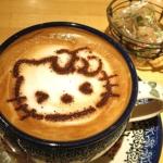 人気カフェとキティのコラボメニュー「ハローキティカフェラテ」を飲んできました