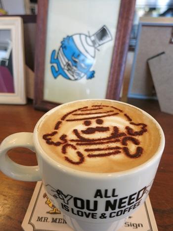 Mr. Bump(ミスター・バンプ)のカフェラテ