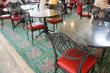ディズニーランド クリスタルパレスレストランの店内