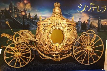 新宿伊勢丹 かぼちゃの馬車のフォトスポット