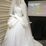 【ディズニーシンデレラ】映画公開記念シンデレラと王子様のウエディングシーンをイメージしたウエディングドレス