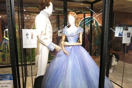 シンデレラと王子の衣装:舞踏会場:ディズニーシンデレラエキシビジョン銀座三越