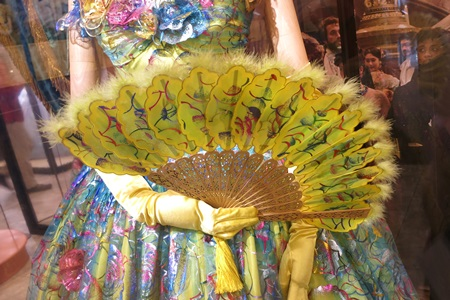 ドリゼラのドレス:舞踏会場:ディズニーシンデレラエキシビジョン銀座三越