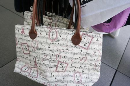 グッズ売り場:ラ・フォル・ジュルネ・オ・ジャポン「熱狂の日」音楽祭