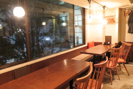 魚バカ一代 日本橋店の店内
