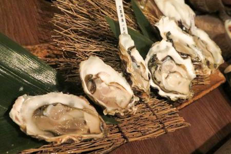 生牡蛎  魚バカ一代 日本橋店