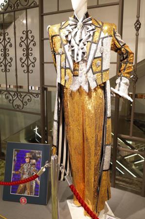 takarazuka_star_costumecollection_2016_17
